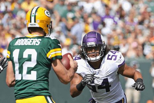 Green Bay Packers Take On Minnesota Vikings